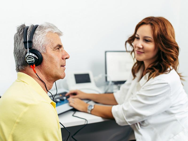 Esame audiometrico tonale e esame audiometrico vocale in un paziente adulto